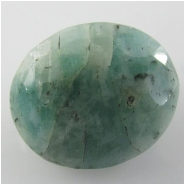 1 Emerald faceted oval loose cut gemstone (O) Approximate size 11.9 x 13.8 x 6.3mm deep