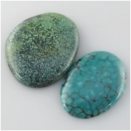 2 Turquoise Hubei cabochon gemstones (S) Approximate size 23 x 31 x 4mm and 30 x 36 x 6mm